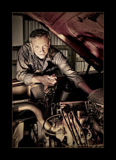 Image:Man working on car